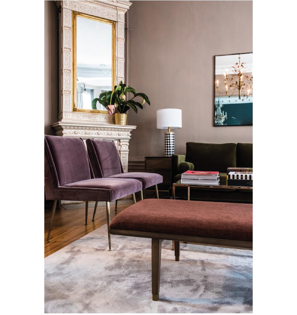 Art Lounge Chair