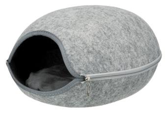 Trixie Luna igloo