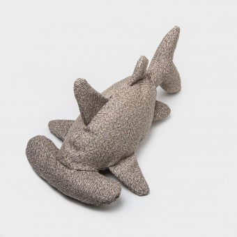 Cloud7 Dog Toy Shark Hitch