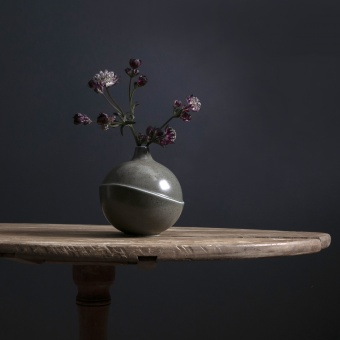 AEO Vase Bubble Grey Spotted