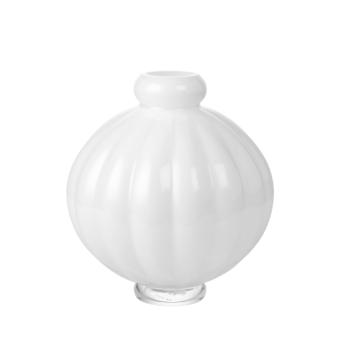 Louise Roe Balloon Vase 01 Opal vit