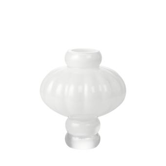 Louise Roe Balloon Vase 02 Opal vit