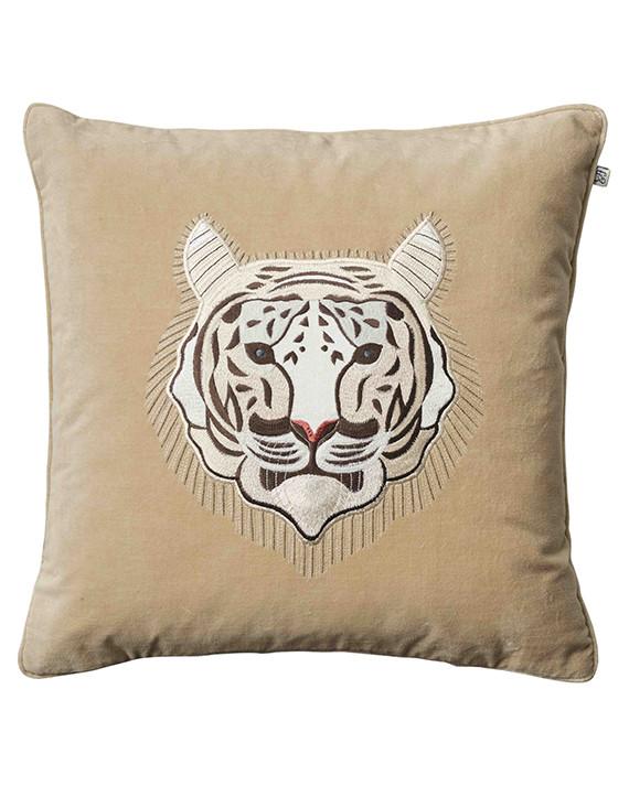 Chhatwal & Jonsson Kudde Velvet Embroidered White Tiger Beige