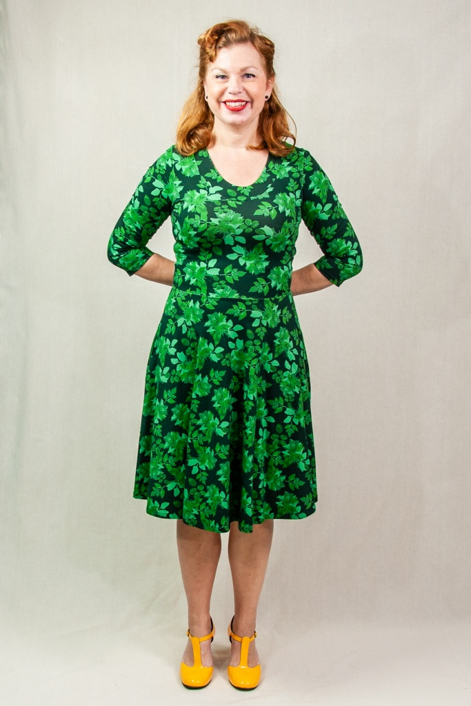 STINA 3/4 sleeve dress Dahlia leaf green