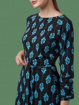 Hey, Good Lookin Raglan Dress Lillies Black/Blue