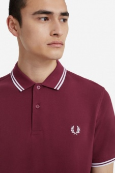 The Fred Perry Shirt - Port/White/White M3600