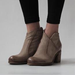 Boots Baltimora - Carton