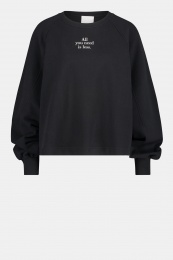 """Sweater """"All you need is less"""" - Black"""