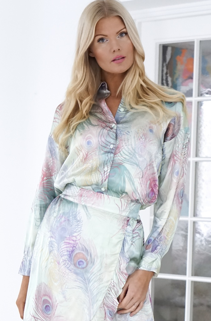 ALIX THE LABEL - Peacock Blouse