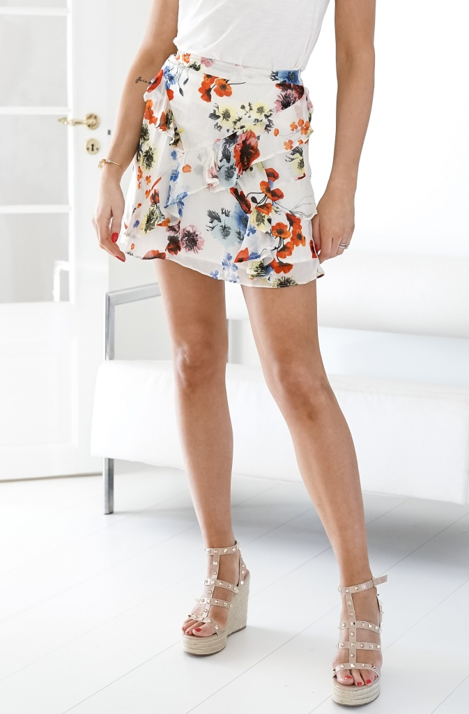 ALIX THE LABEL - Short Flower Chiffon Skirt