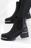 LESTROSA - Svart Boot med Silvernitar