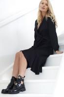 HENRY KOLE - Melanie