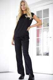 DAWN DARE - Carrie Pant