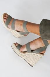 STEVE MADDEN - Shimmy Wedge Sandal