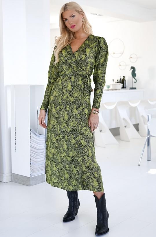 COPENHAGEN MUSE -Shake Wrap Dress