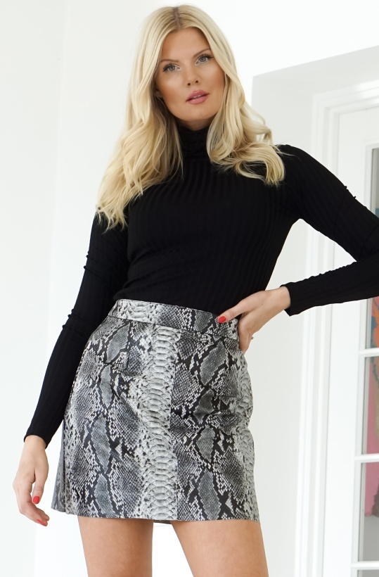 FRENCH CONNECTION - Snake PU Skirt