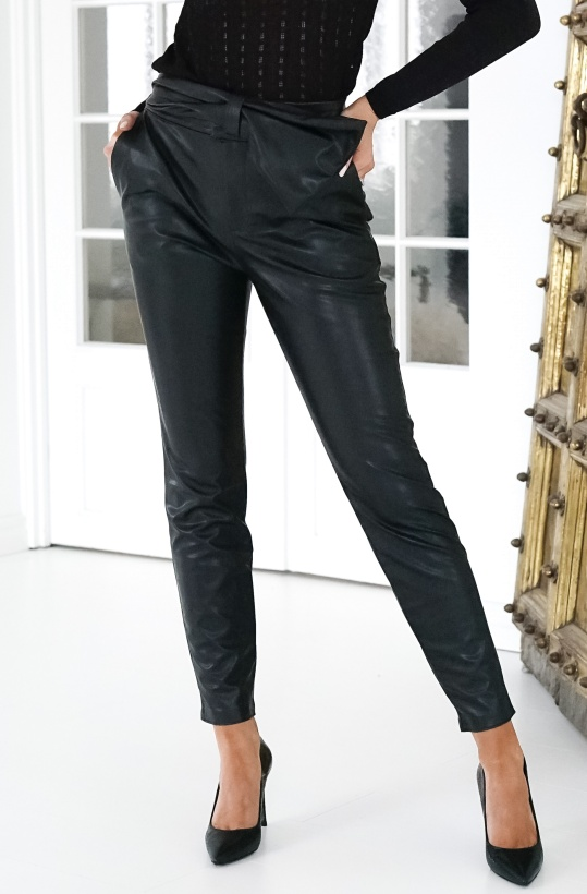 NA-KD - Bow Detail Faux Leather Pants