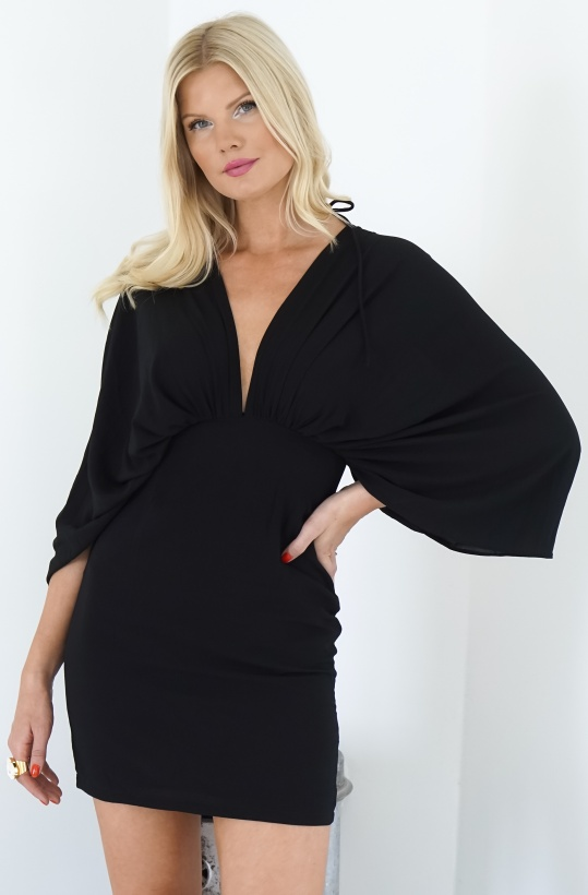 NA-KD - Dolman Sleeve Fitted Dress