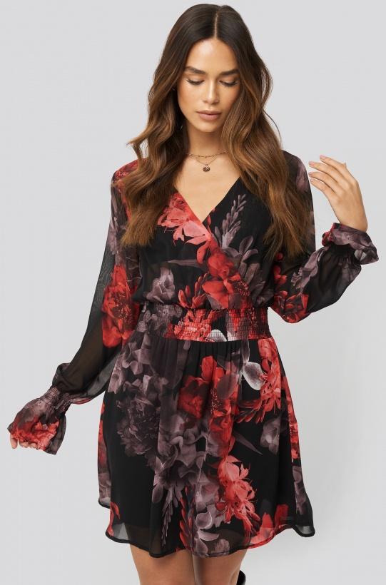 NA-KD - Smocked V-Neck Mini Dress