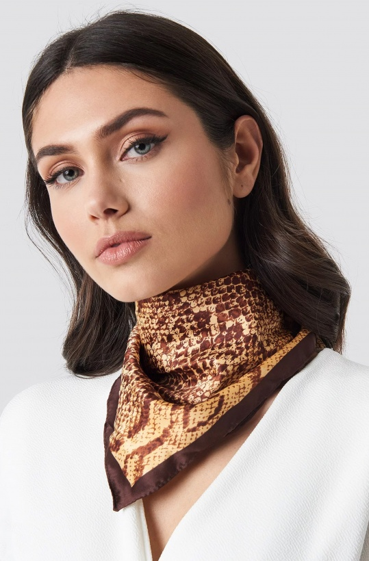 NA-KD - Gold Neck Scarf