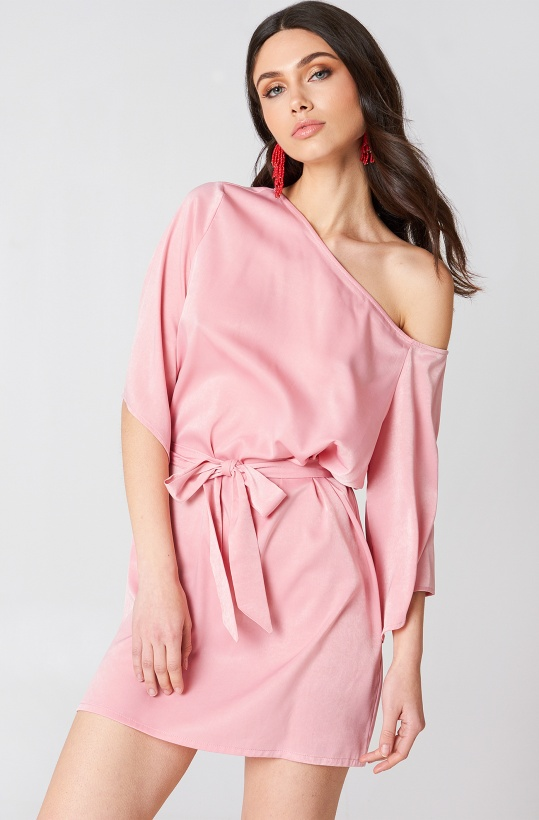 NA-KD - One Shoulder Tie Waist dress Pink
