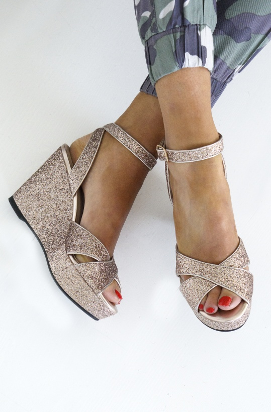 SOFIE SCHNOOR - High Sandal Gold Glitter