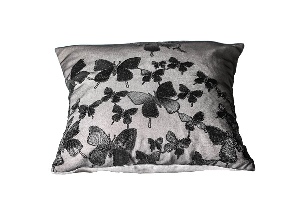 GYNNING DESIGN - Kuddfodral Spetsfjärilar 50 x 50