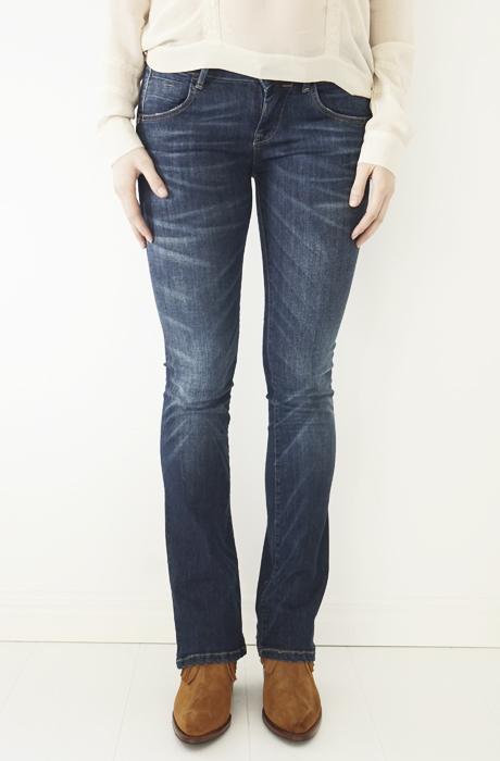 low priced 130b0 efa68 Fornarina - Eva Booty Jeans