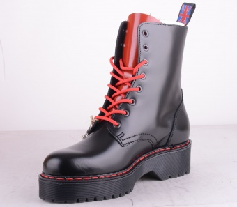 8 Hole Black Red Platform