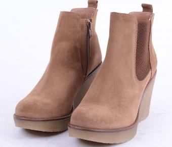 9255-Camel-Heel