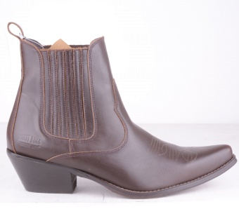 Mid Western Pointed Brown