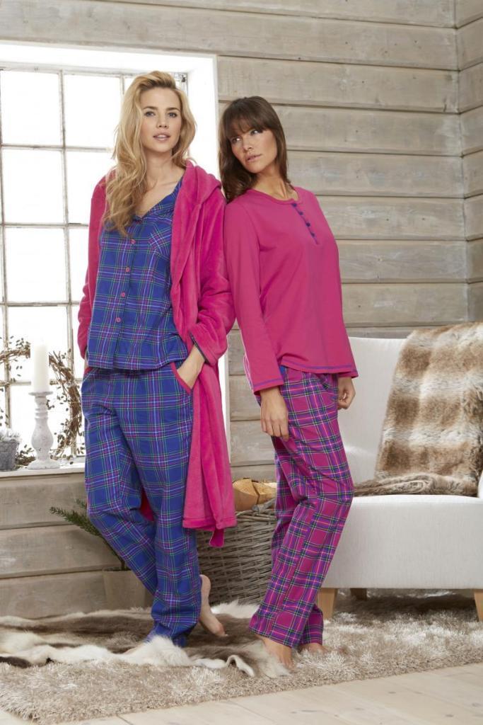 Damella pyjamas blårutig  3abd01e57fd2c