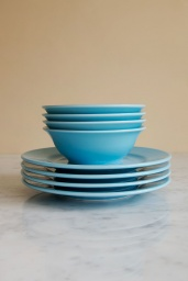 Rainbow Plate Light Blue