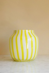 Juice Vase Wide Yellow