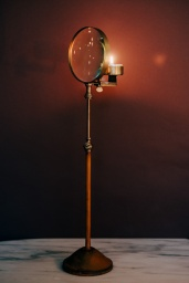 Magnifying Candle Holder L