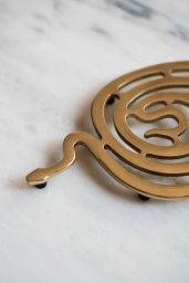 Trivet Serpentino
