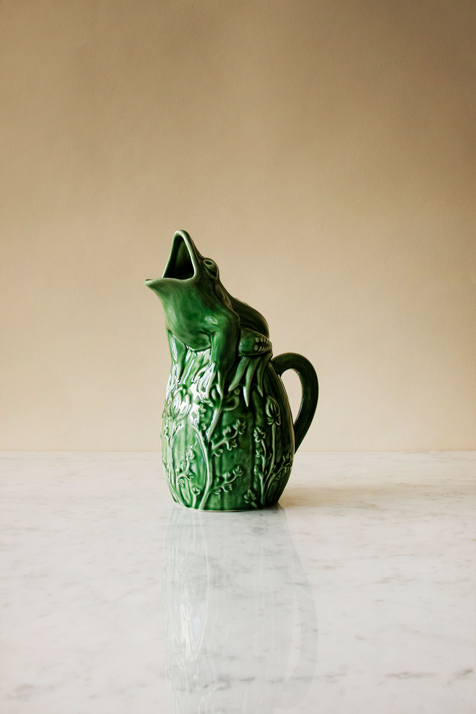 Pitcher Frog Green