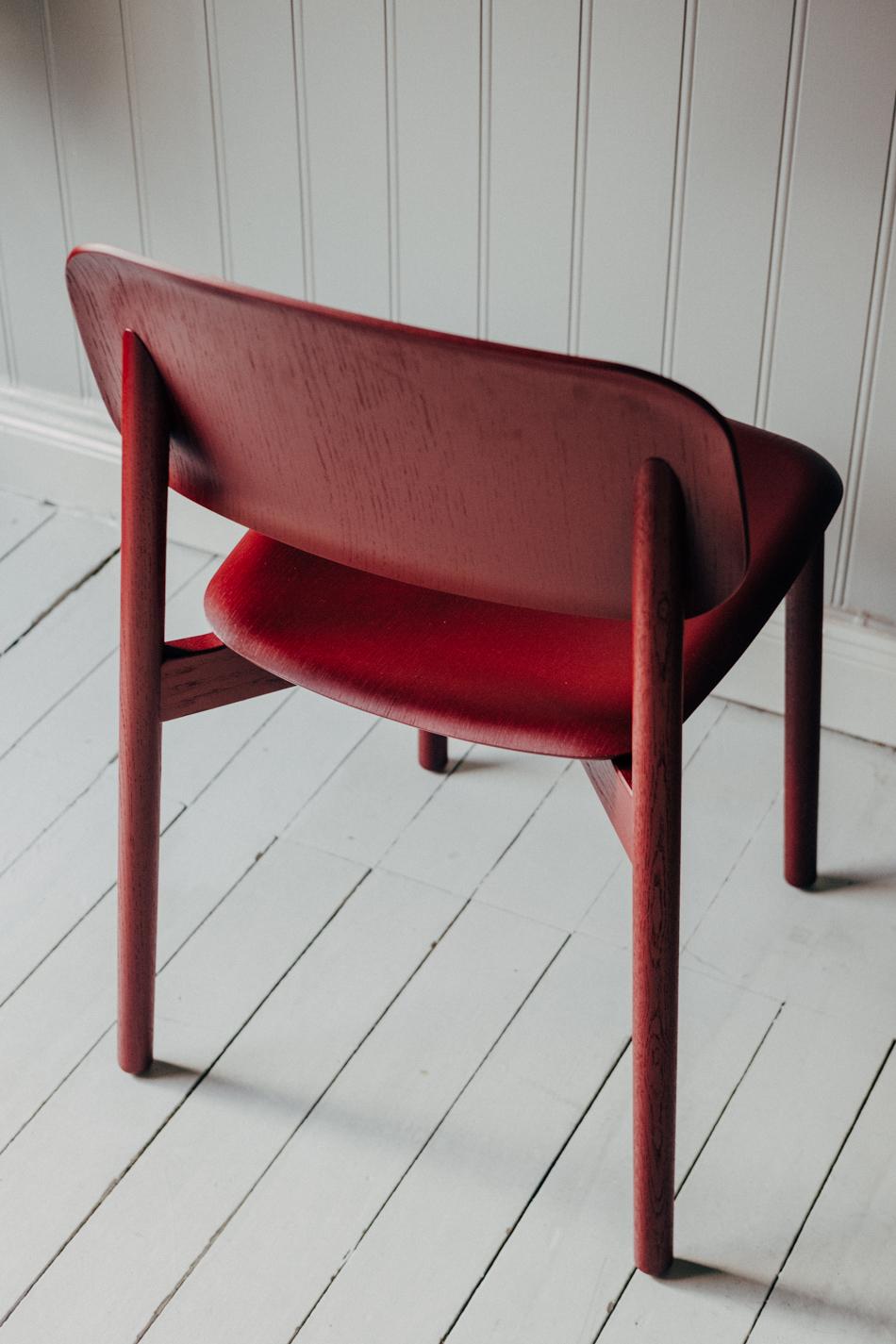 Soft Edge Chair 12 Fall Red