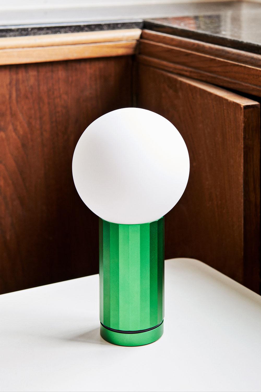 Turn On Bordslampa Green