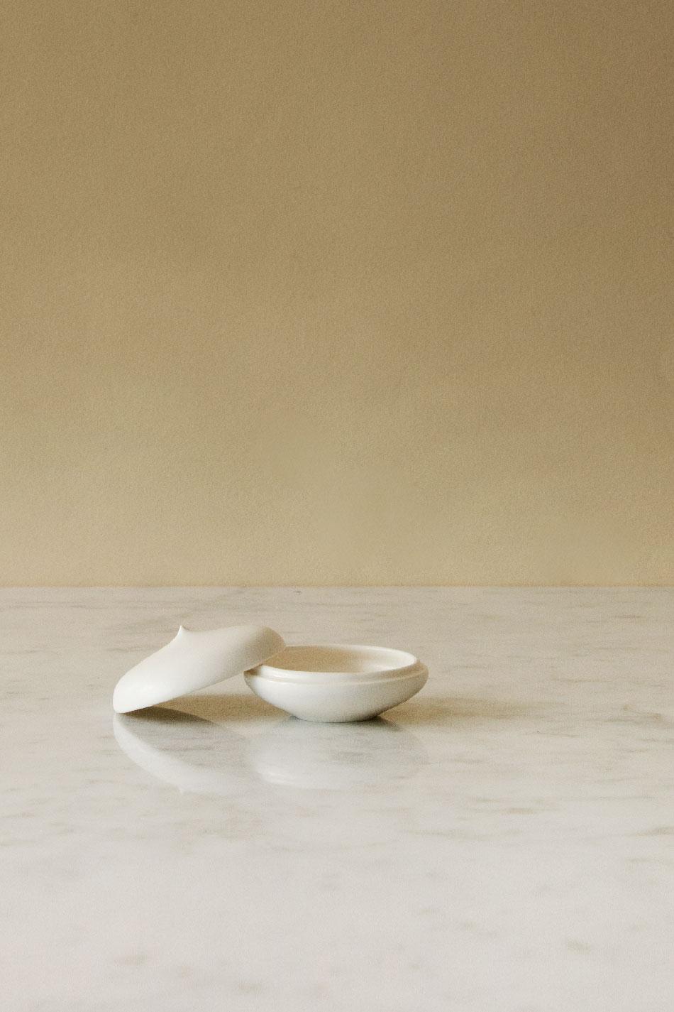 Keramikask Vit Topp | Jonas Lindholm