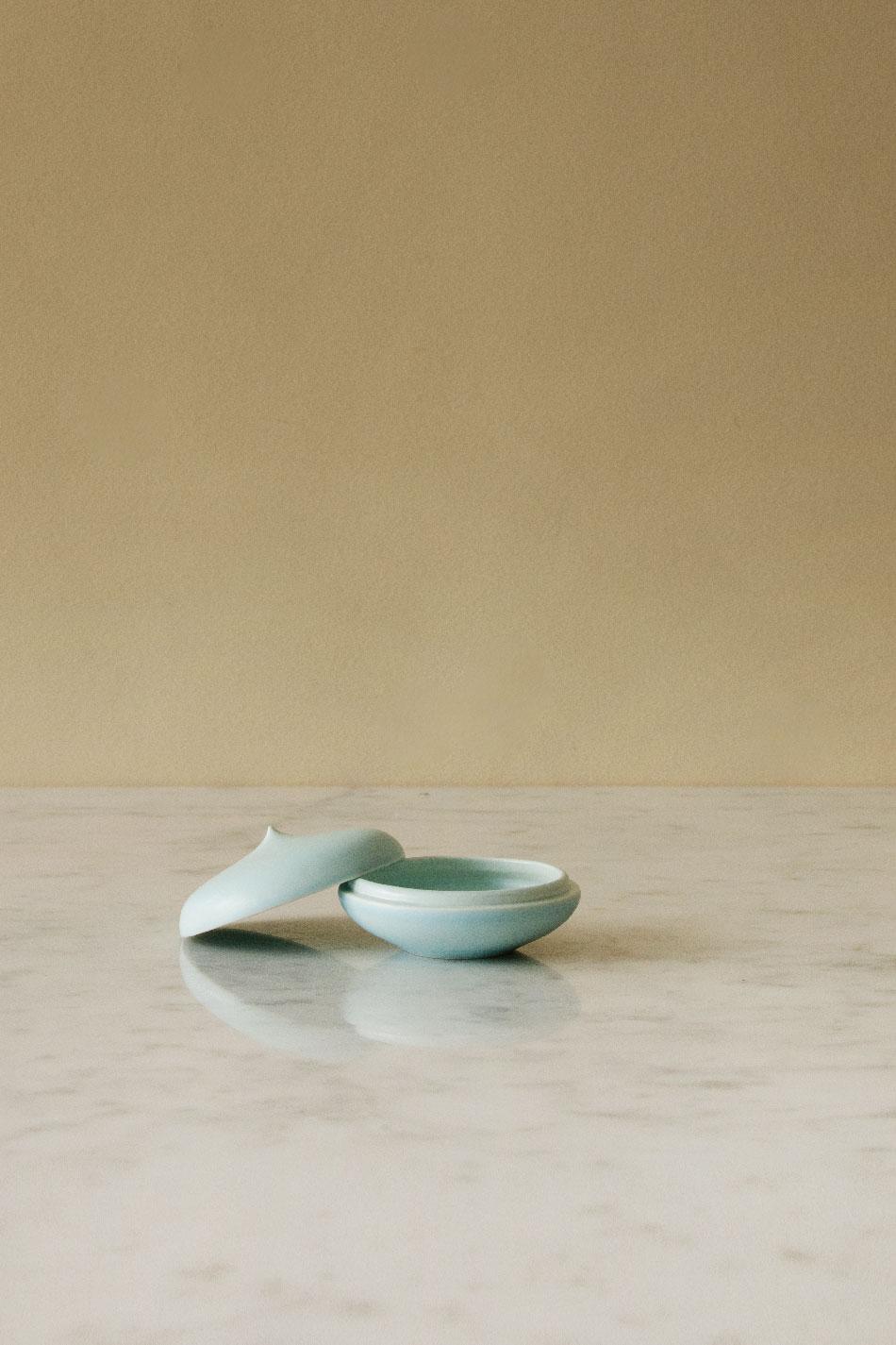 Keramikask Ljusblå Topp | Jonas Lindholm