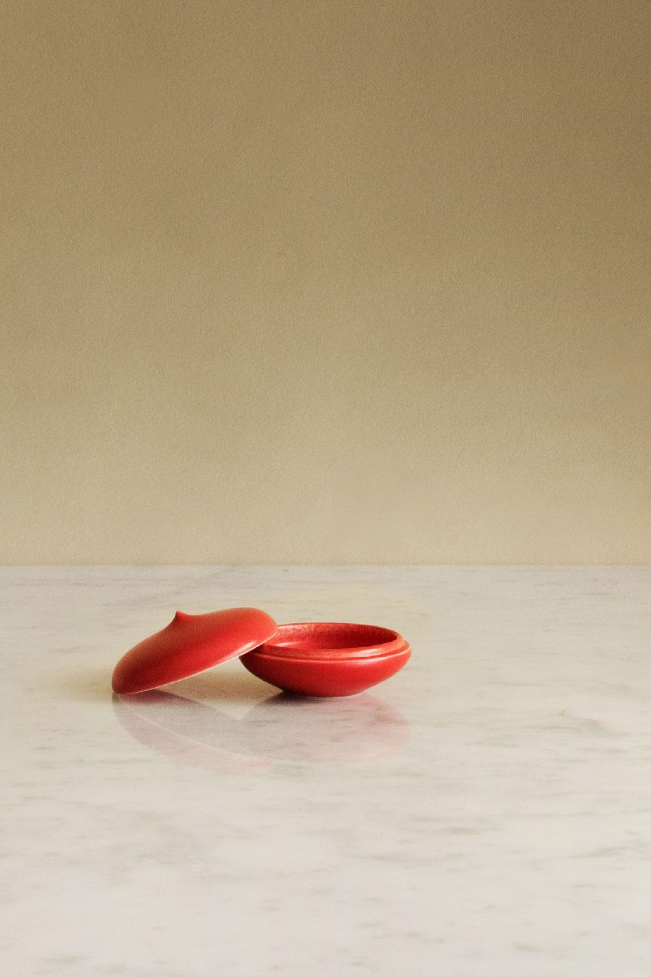 Keramikask Röd Topp | Jonas Lindholm