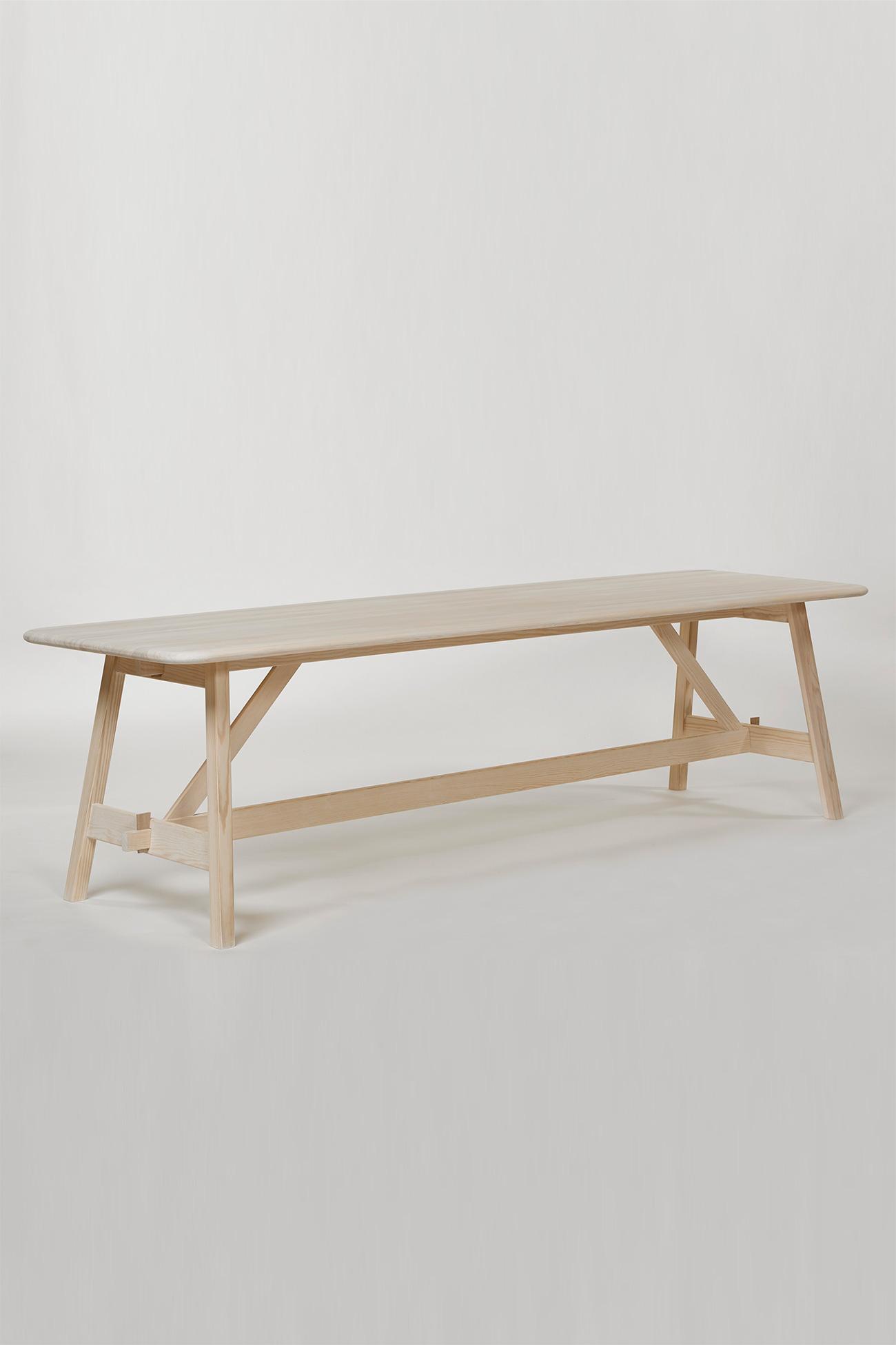 Landala Dining Table