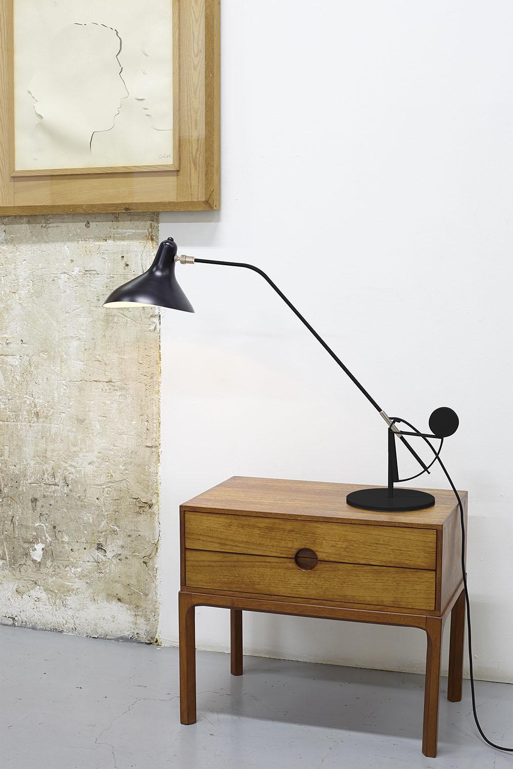Mantis BS3 Bordslampa Svart