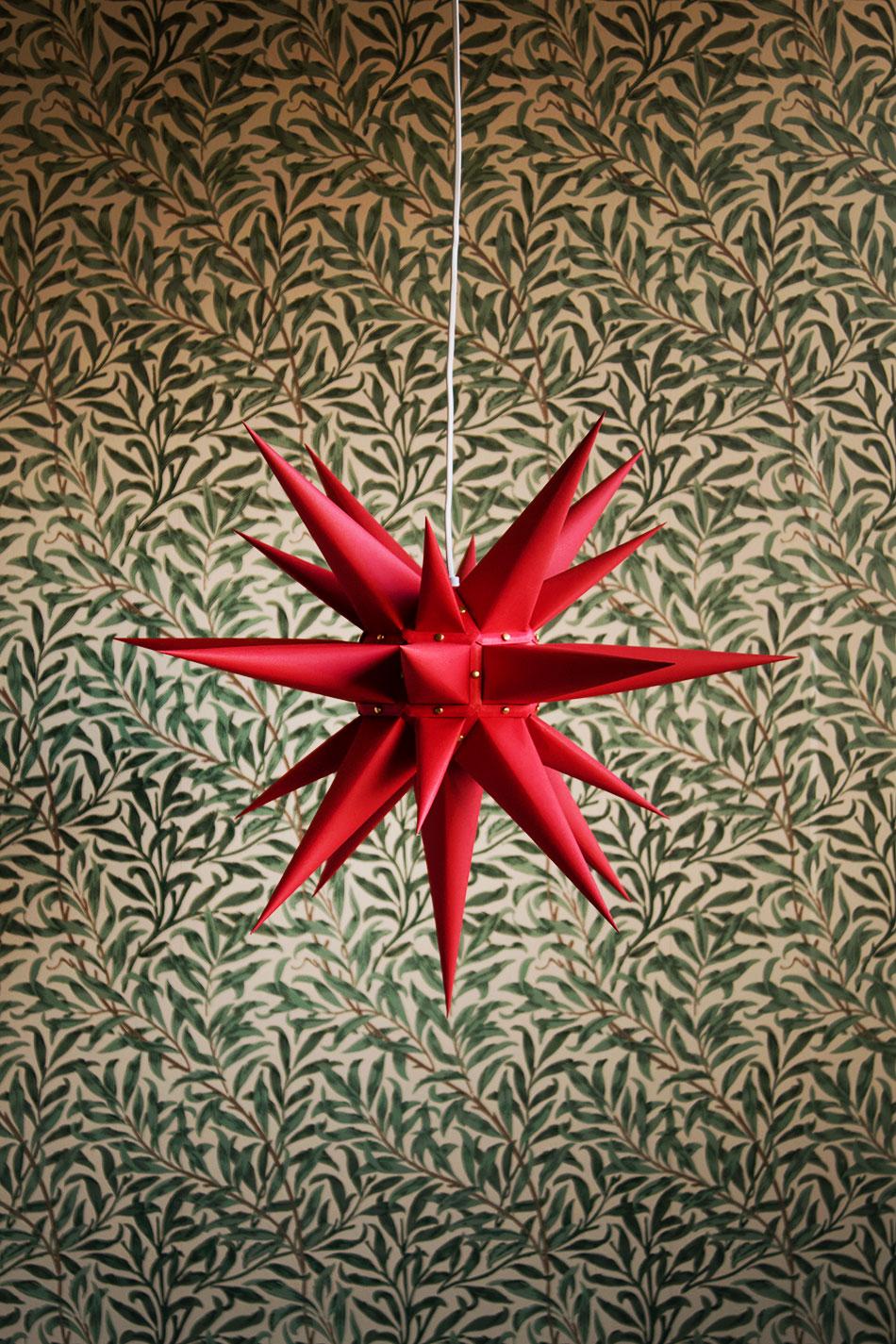 Moravia Star Red 60cm