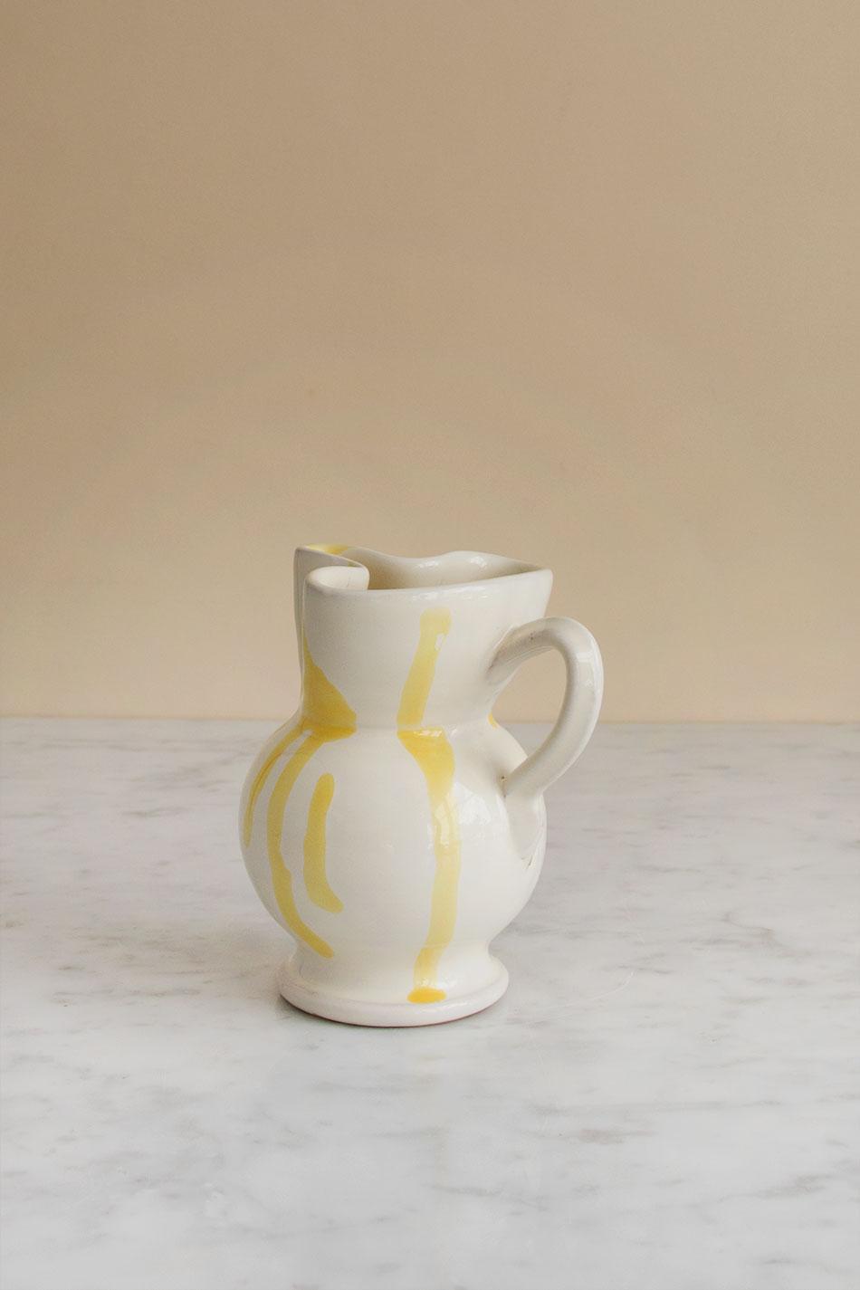 Mjölkkanna Abstract Giallo