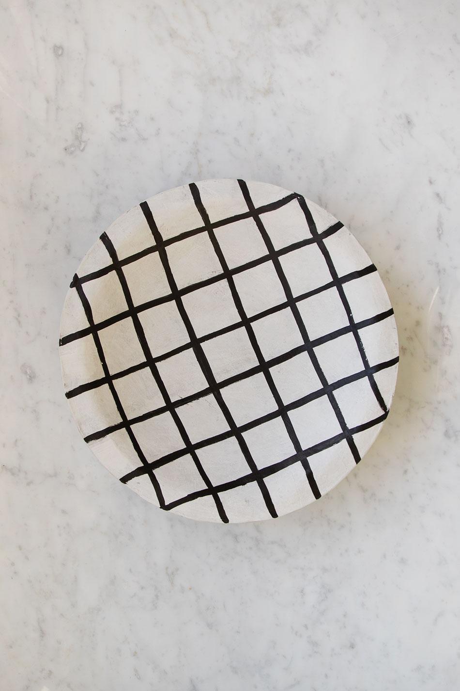 Papier Mache Plate Grinding