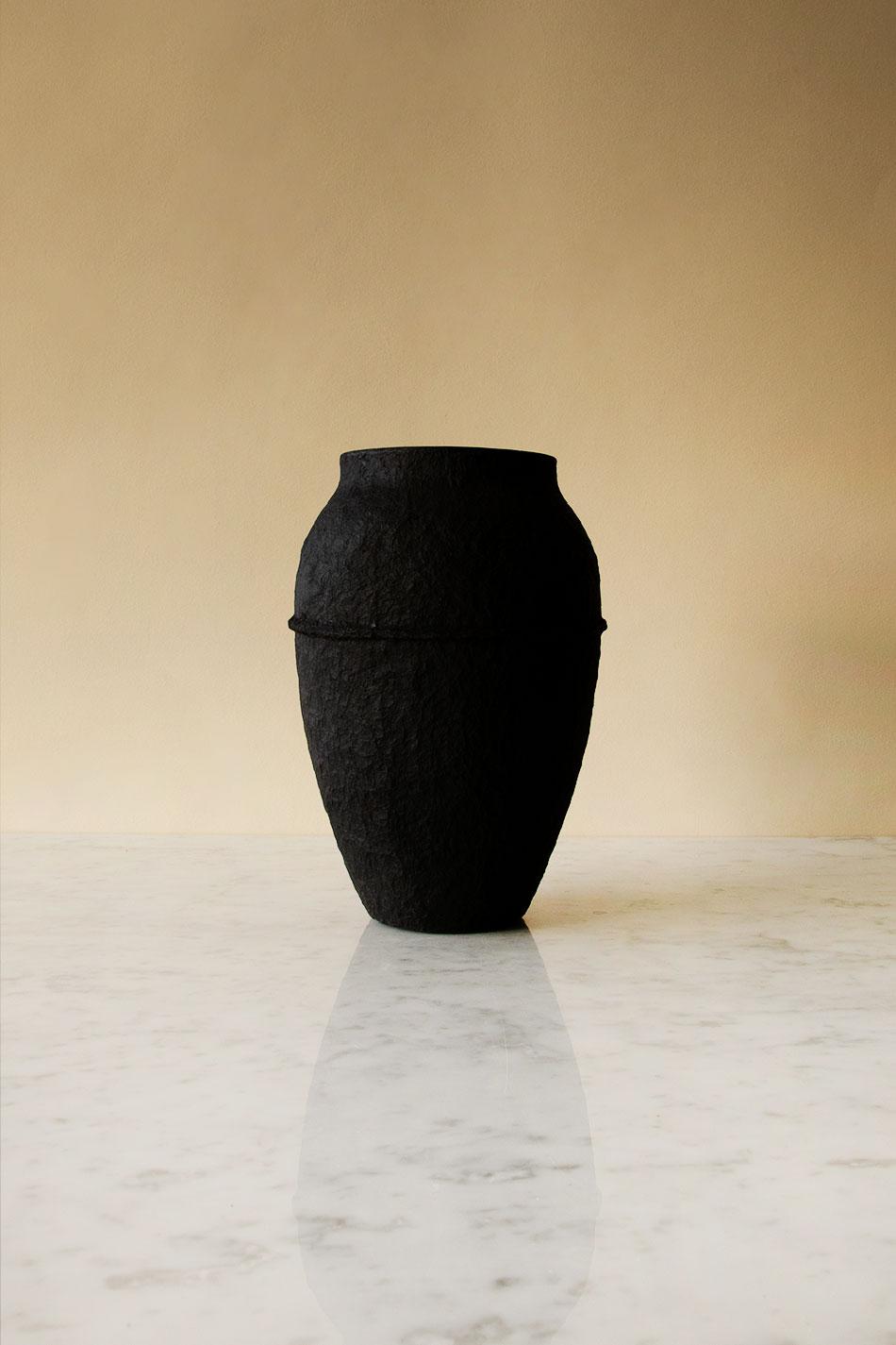 Paperpulp Vas Svart H 23,5 cm