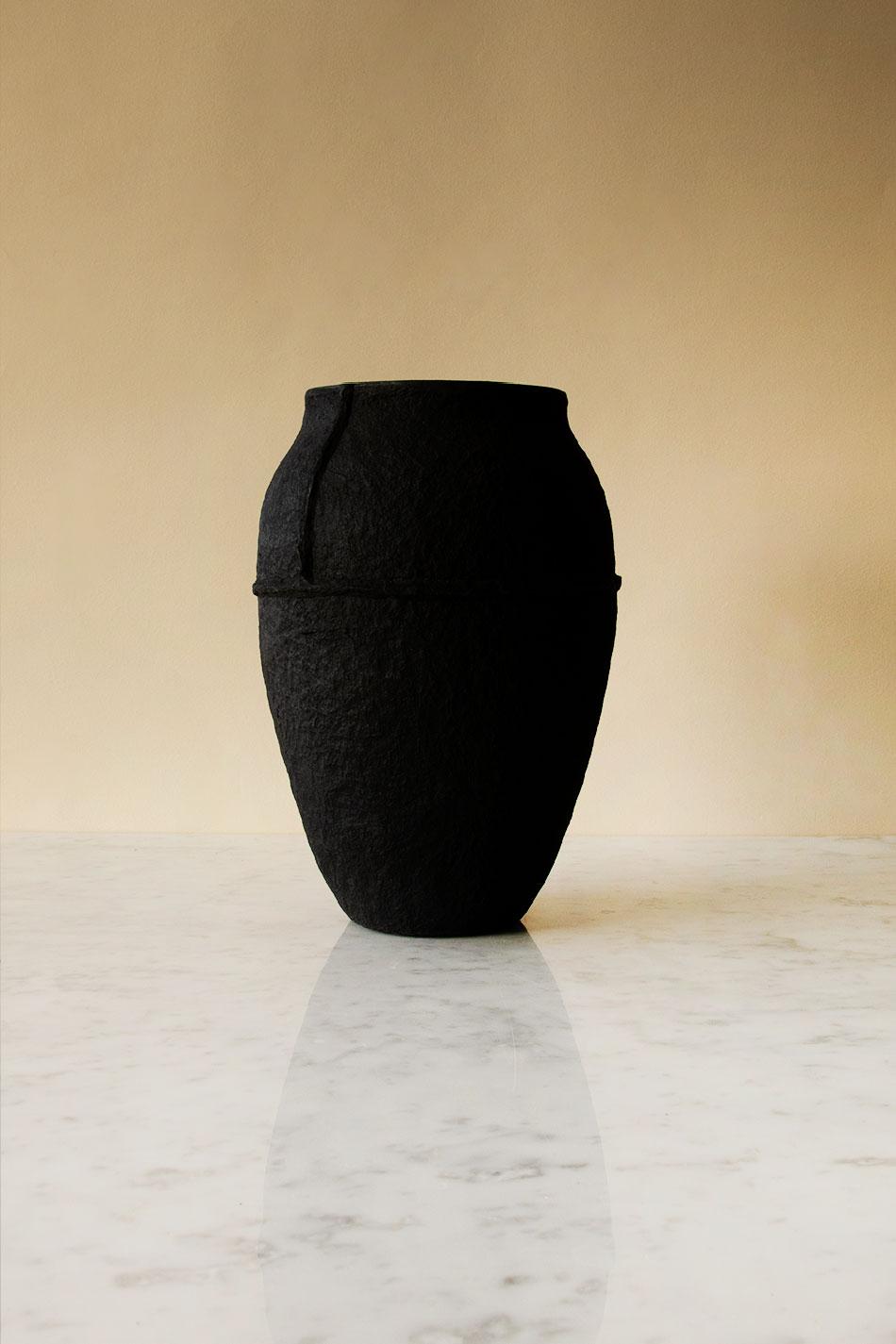 Paperpulp Vas Svart H 26,5 cm