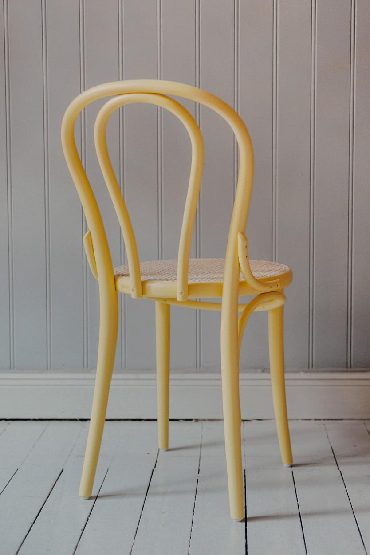 Stol TON No.18 Pale Yellow/Flätad Sits